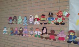muñecos de la igualdad